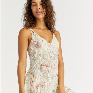 Free people Lea slip dress new size small 🌸💕🌸